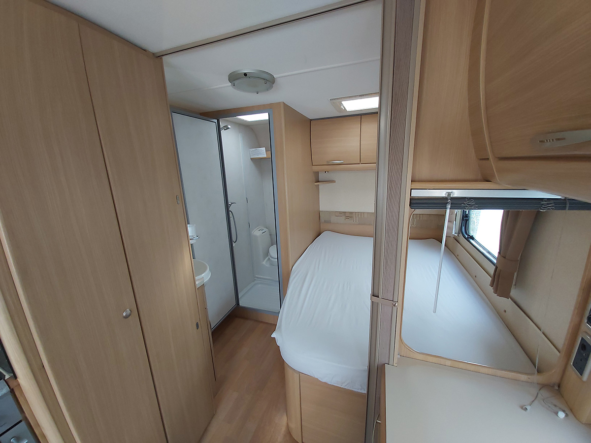 4 berth Caravan to hire