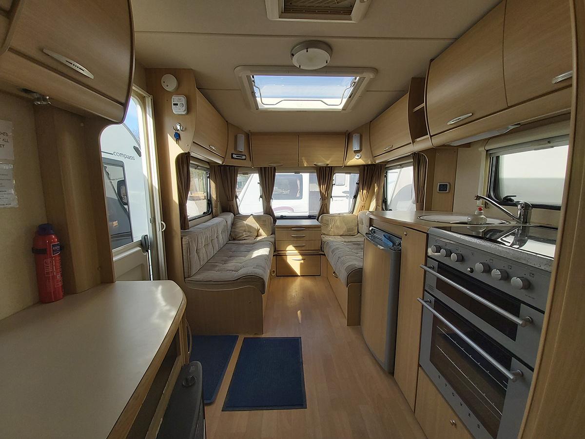 4 berth caravan to rent
